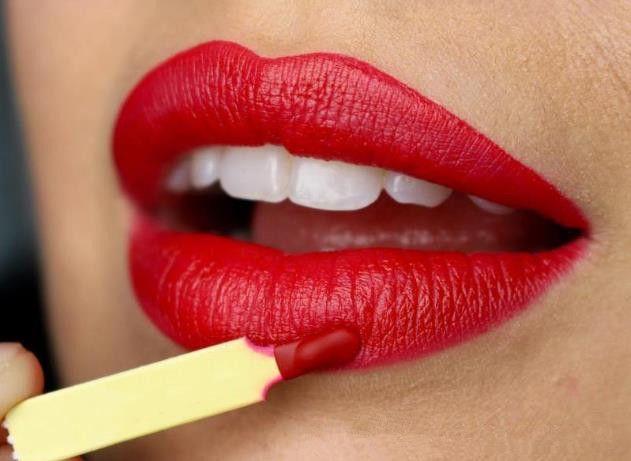 Lipstickc Batom Vermelho Cosméticos Cereja Vermelha NOIR VELUDO VELUDO AMERICANO BELEZA Maquiagem Encantador de Longa-duração À Prova D 'Água 6 Cores