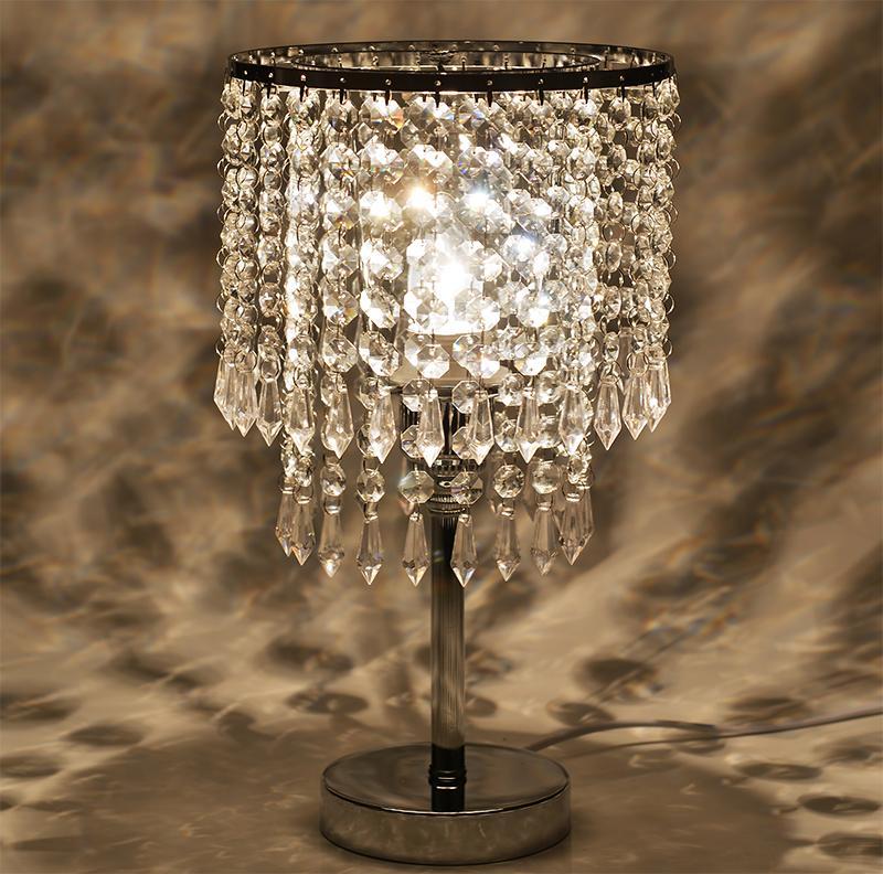 Lampada da tavolo decorativa di cristallo europeo di alta qualità lampada  da tavolo di cristallo di cristallo regalo di nozze del vestito da  cerimonia ...