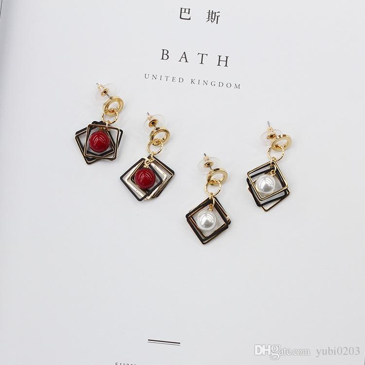 2018 new Geometric diamond pearl women's earrings simple fashion wild earrings women's ear jewelry