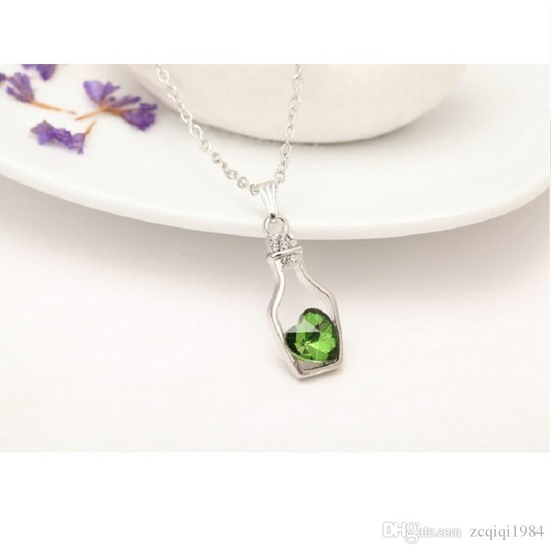 Fashion Style Bottles And Love Crystal Pendant Necklace Cheap Diamond Alloy Necklace Sweater Necklace Locket Jewelry