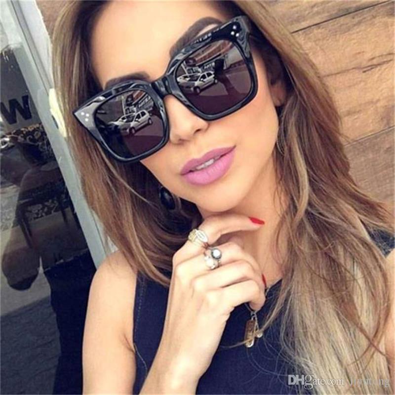 d55e6162135 2018 Vintage Square Sunglasses Women Fashion Brand Designer Retro Rivet Sun  Glasses Oversized Gradient Eyeglasses Lunettes De Soleil Uv400 Sport  Sunglasses ...
