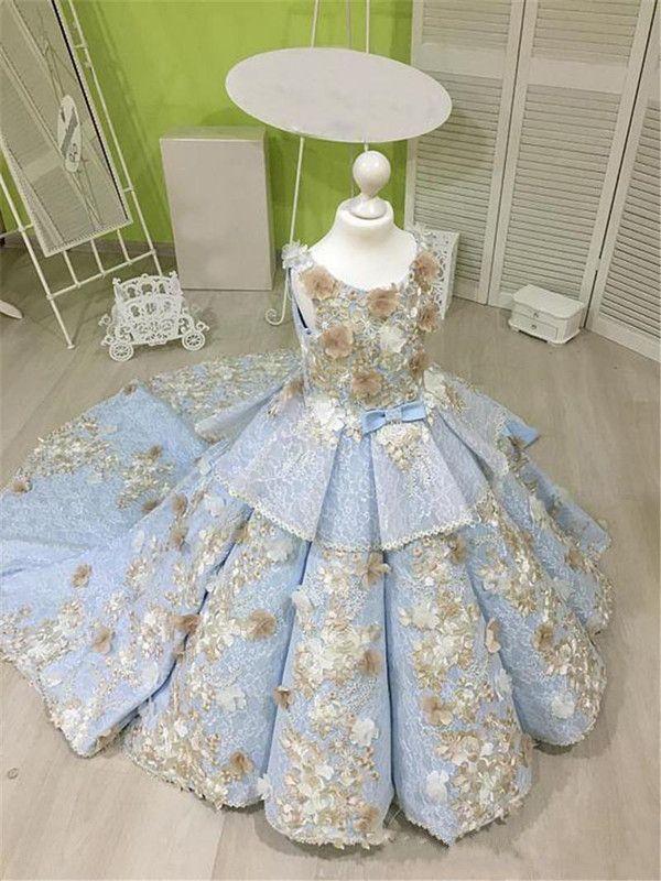 Vestido de fiesta azul cielo Vestidos para niñas con flores de champán Vestidos de niña de las flores con gradas de encaje para el tren de barrido de bodas Vestido de fiesta para niños