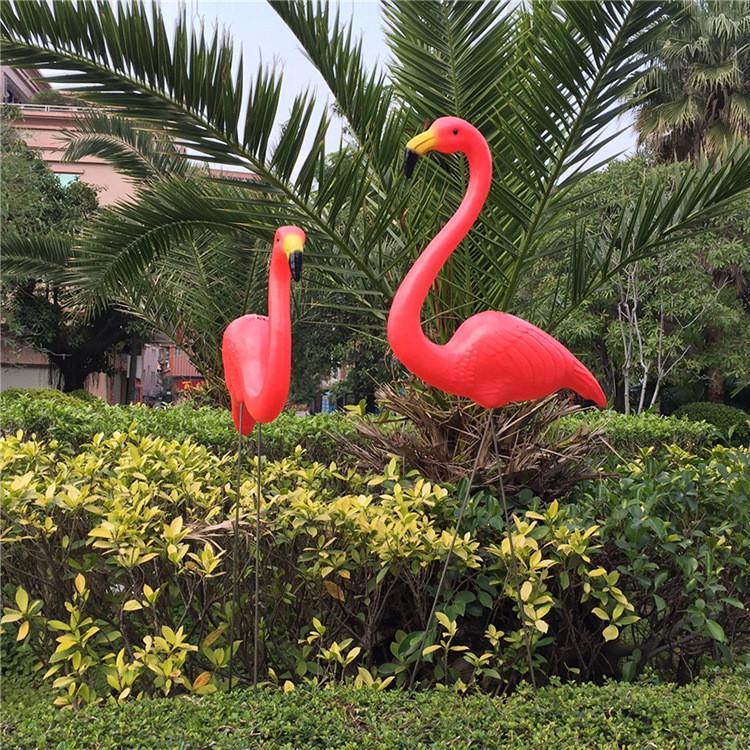 Großhandel 1 Paar Kunststoff Flamingo Garten Hof Dekoration Und