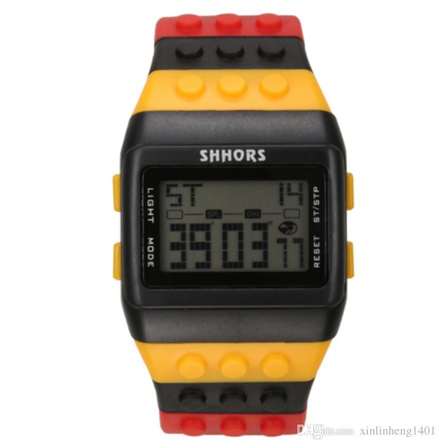 Bestsin Shhors Digital LED Watch Arcobaleno classico colorato Stripe Moda unisex Orologi Buono il nuoto Bel regalo Kid DHL libero