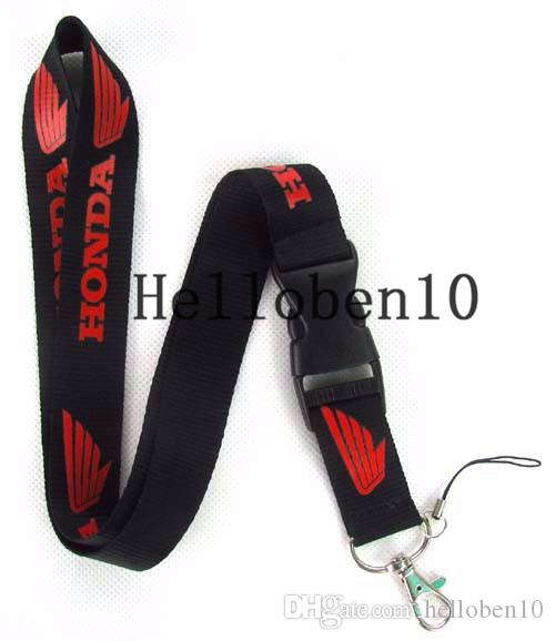 The factory sells some black key chains with auto LOGO, and you can also hang your phone and camera. Buy more discount!