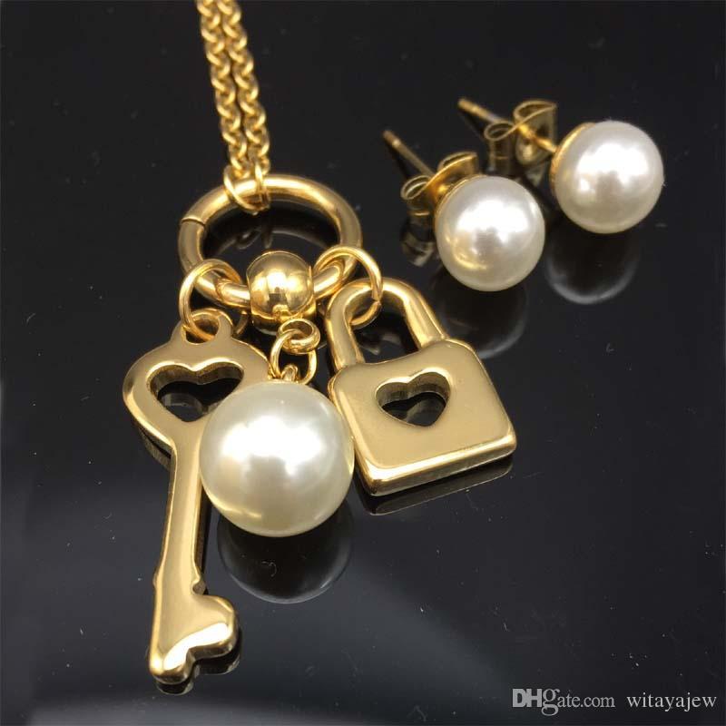 Wholesale Lock Key Necklace Earrings Sets Pendant W Chain Women