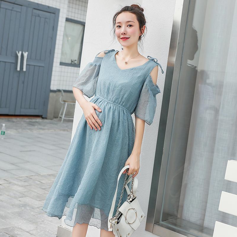 620c91c83 Compre Dulce Hombro Fuera De La Cintura Delgada De Maternidad Vestido Largo  Verano Ropa De Moda Coreana Para Mujeres Embarazadas Ropa De Embarazo A   21.71 ...