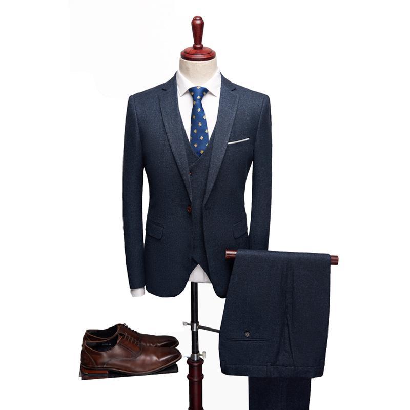 Acheter 2019 Hommes Costumes Pour Prom Bleu Marine Costume Homme Esmoquin  Hombre Boda Hommes Costumes De Soirée Robe De Mariée Pour Marié De  247.28  Du ... 4c4607287fe