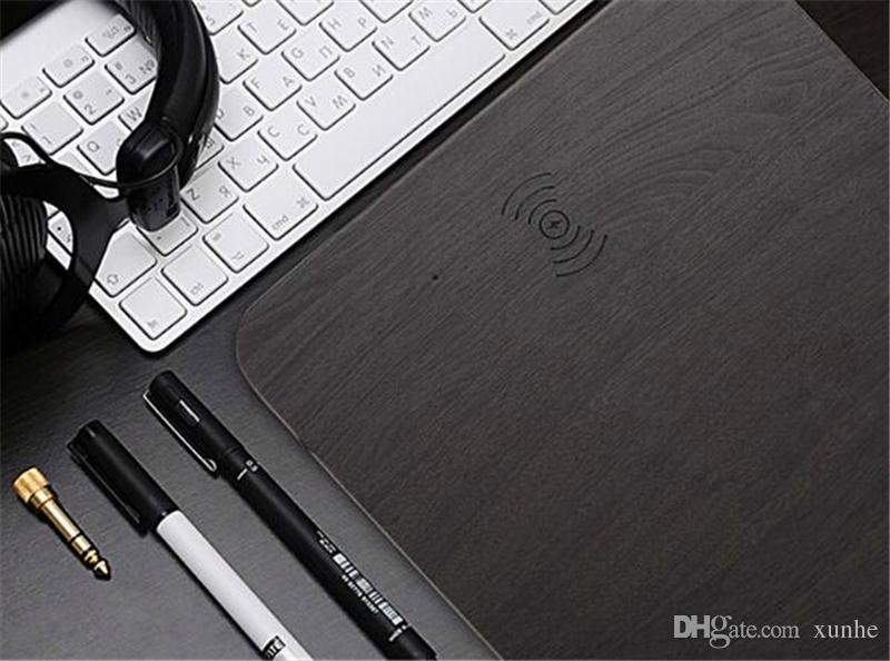 2018 Mode Qi Wireless-Ladegerät Mauspad Multifunktions Holz Mauspad Gebühr für iPhone 8 X Samsung S8 S7 mit Kleinpaket