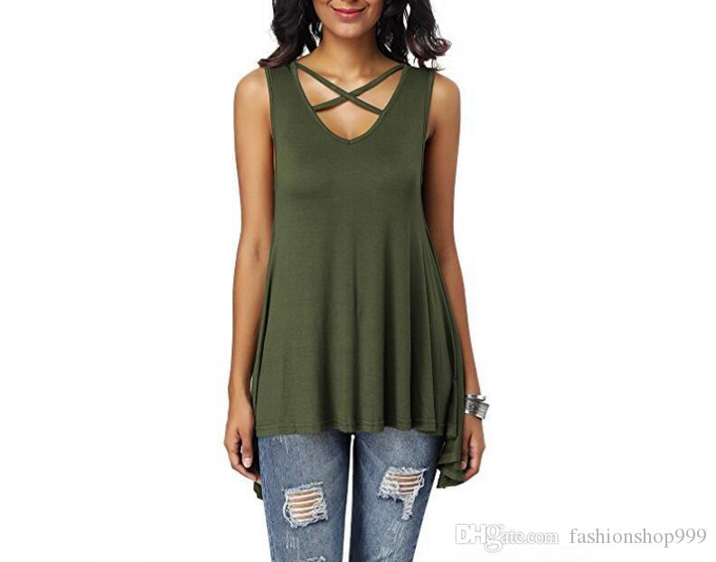 Explosion models 2018 spring and summer new women's chest cross V collar sexy sleeveless loose T-shirt stock