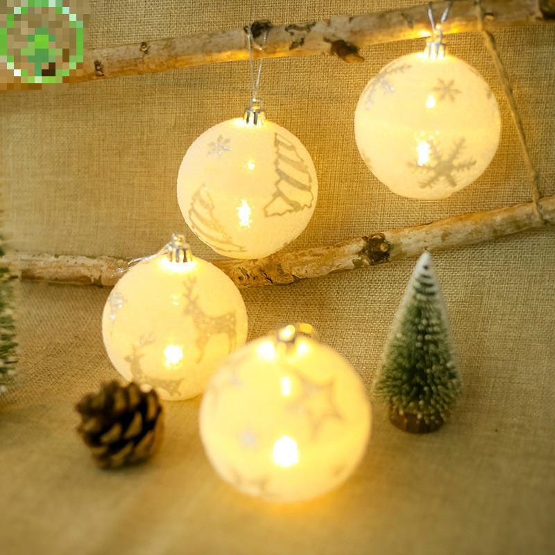 9ff7270ca4b Compre Luces De Bolas Blancas Adornos Para Árboles De Navidad Decoraciones  De Navidad Luces De Bolas Para Bodas   Decoración De Lámparas Para Fiestas  De ...