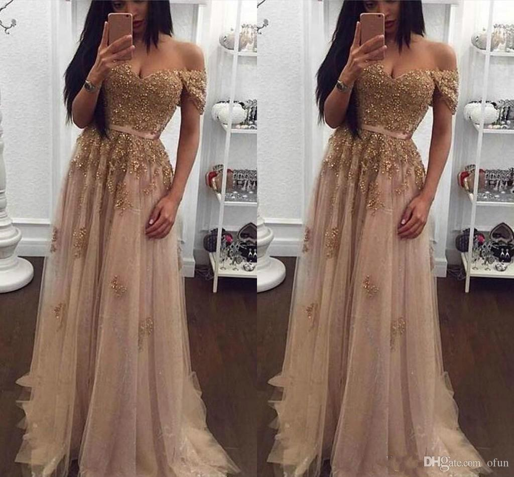 Sexy Off Shoulder Gold Applique Evening Dresses Floor Length Sweetheart Tulle Prom Gowns Lace Short Sleeve A Line Formal Party Dress
