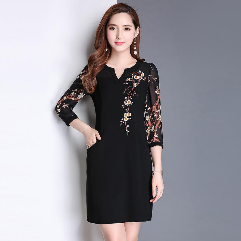 76c4f31814b6a Satın Al 2018 Yeni Bahar Yaz Vintage Kadınlar Elbise Üç Çeyrek Kollu Baskı  Ince Şifon Işlemeli Uzun Elbiseler 9027, $31.9 | DHgate.Com'da