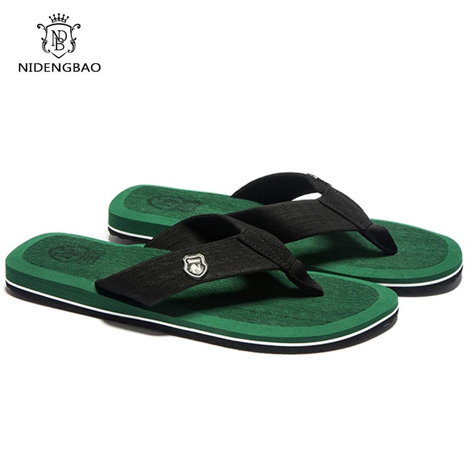Chanclas de hombre de moda de verano Sandalias de playa para hombres Zapatillas planas antideslizantes más el tamaño 48 49 50 sandalias pantufa