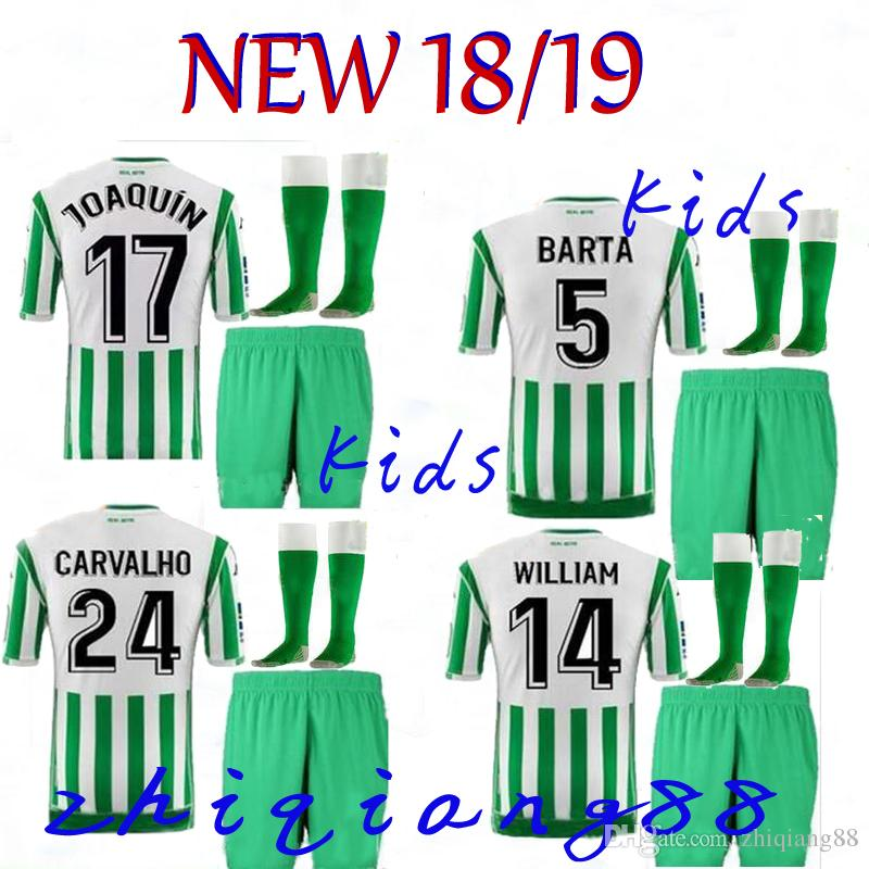 Compre 2018 2019 Camiseta De Fútbol REAL Betis Para Niños 18 19 JOAQUIN  BOUDEBOUZ MANDI BARTRA TELLO INUI JAVI GARCIA CANALES Camisetas Niños  Camisetas De ... 8b3d6b3459490