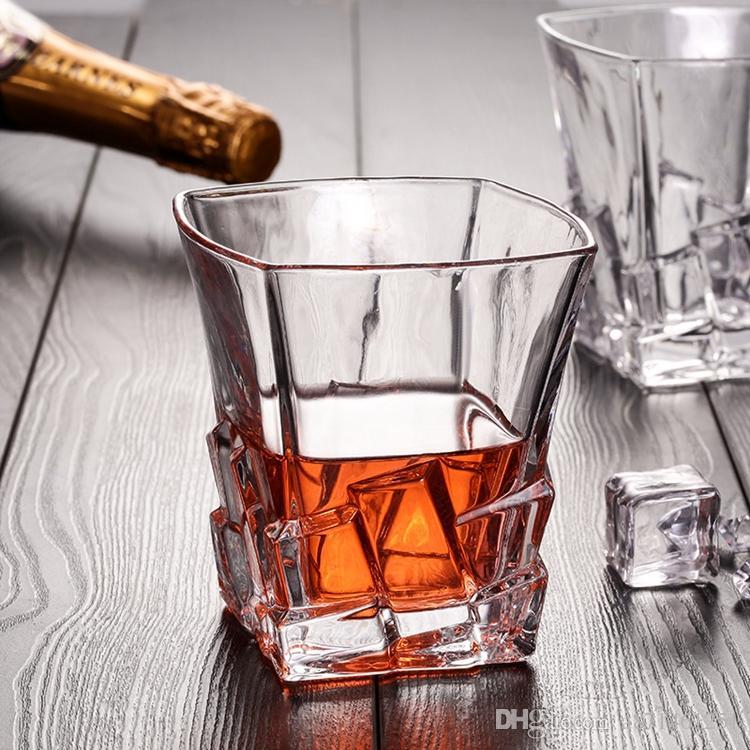 Herstellung Fabrik Preis Kristall Quadrat Boden 250 ml Whisky Bier Rotwein glas Idee Für Party Dekoration