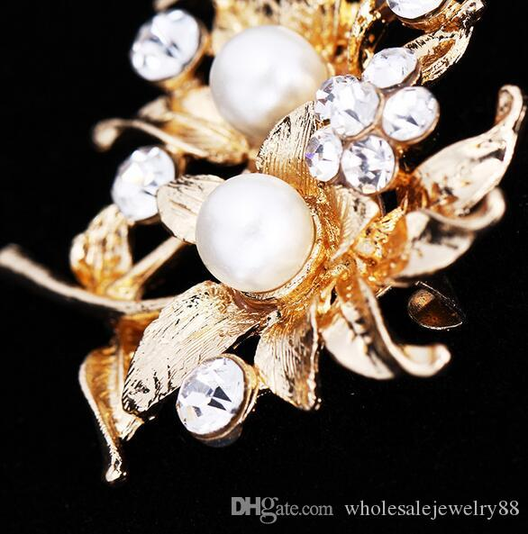 Trendy Charm Women Crystal Rhinestone Pearl Flower Bouquet Corsage Brooch Broach Scarves Clothing Brooches Accessory Jewelry 4.3*4.5cm