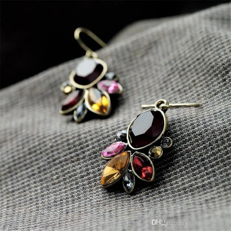 여성을위한 수지 보석 골동품 골드 컬러 드롭 귀걸이 다채로운 크리스탈 꽃 매달려 귀걸이 2 디자인