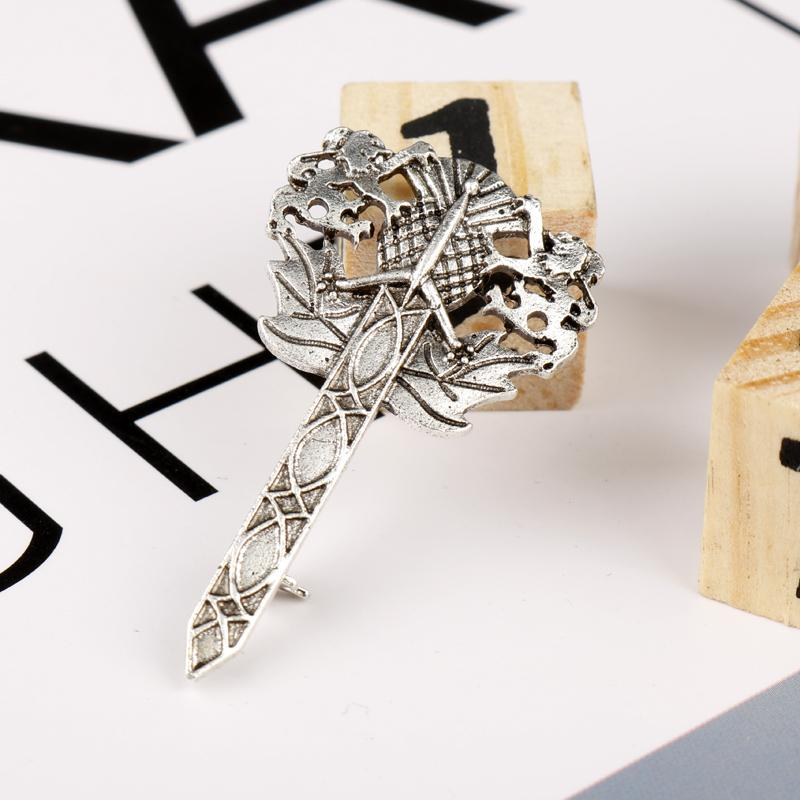 NEUF SCOTTISH miniature lion rampant épée KILT PIN-Chrome-kilt Accessoires