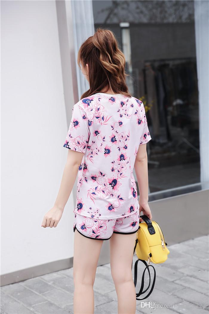 2017 Fashion Sport Suits Women's T shirt Tops Sweatshirt+shorts Two Piece Set bee embroidering Tracksuits Women Short sleeve shorts suits