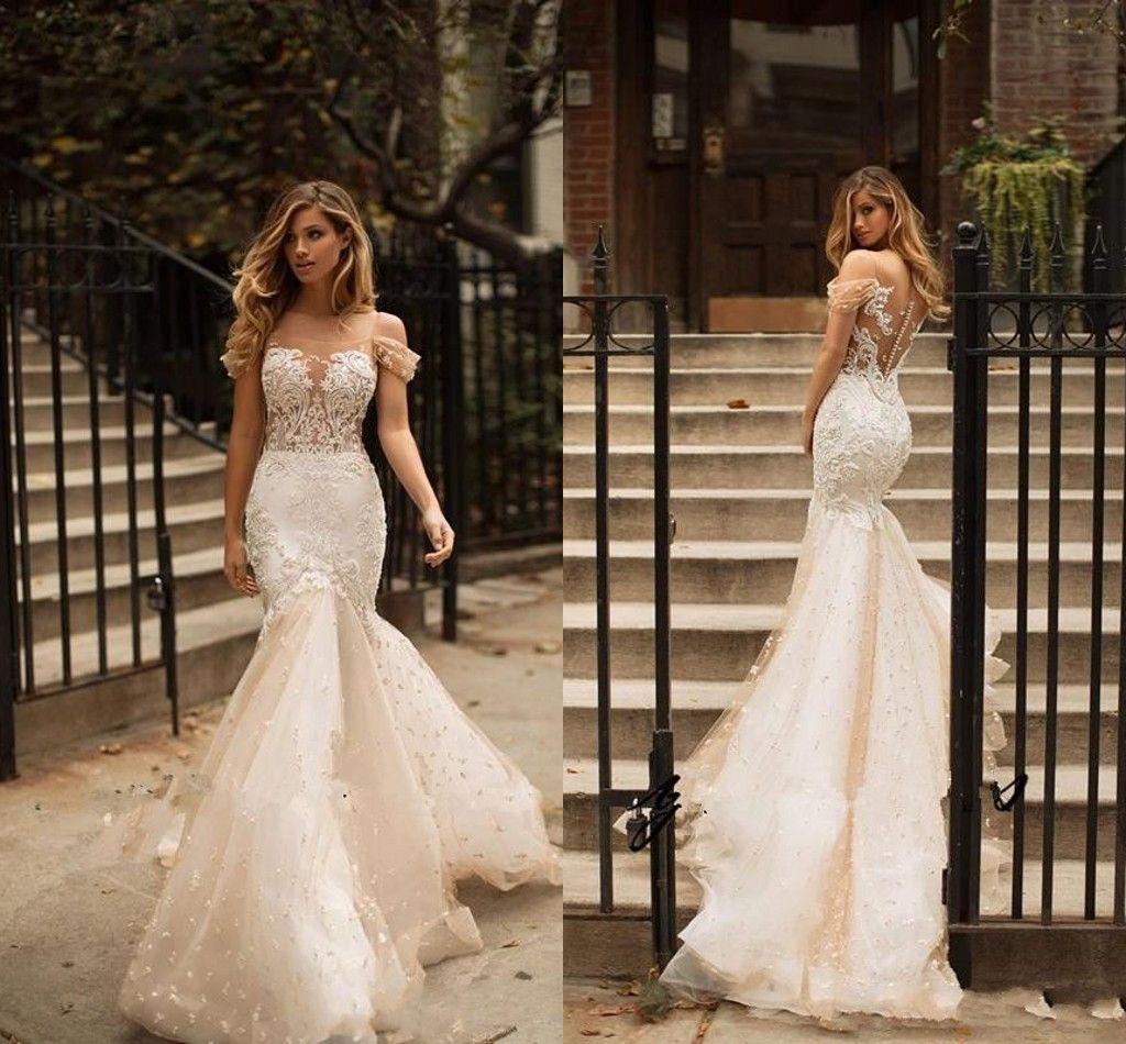 2018 Beautiful Slim Off Shoulder Mermaid Lace Wedding Dresses Beach