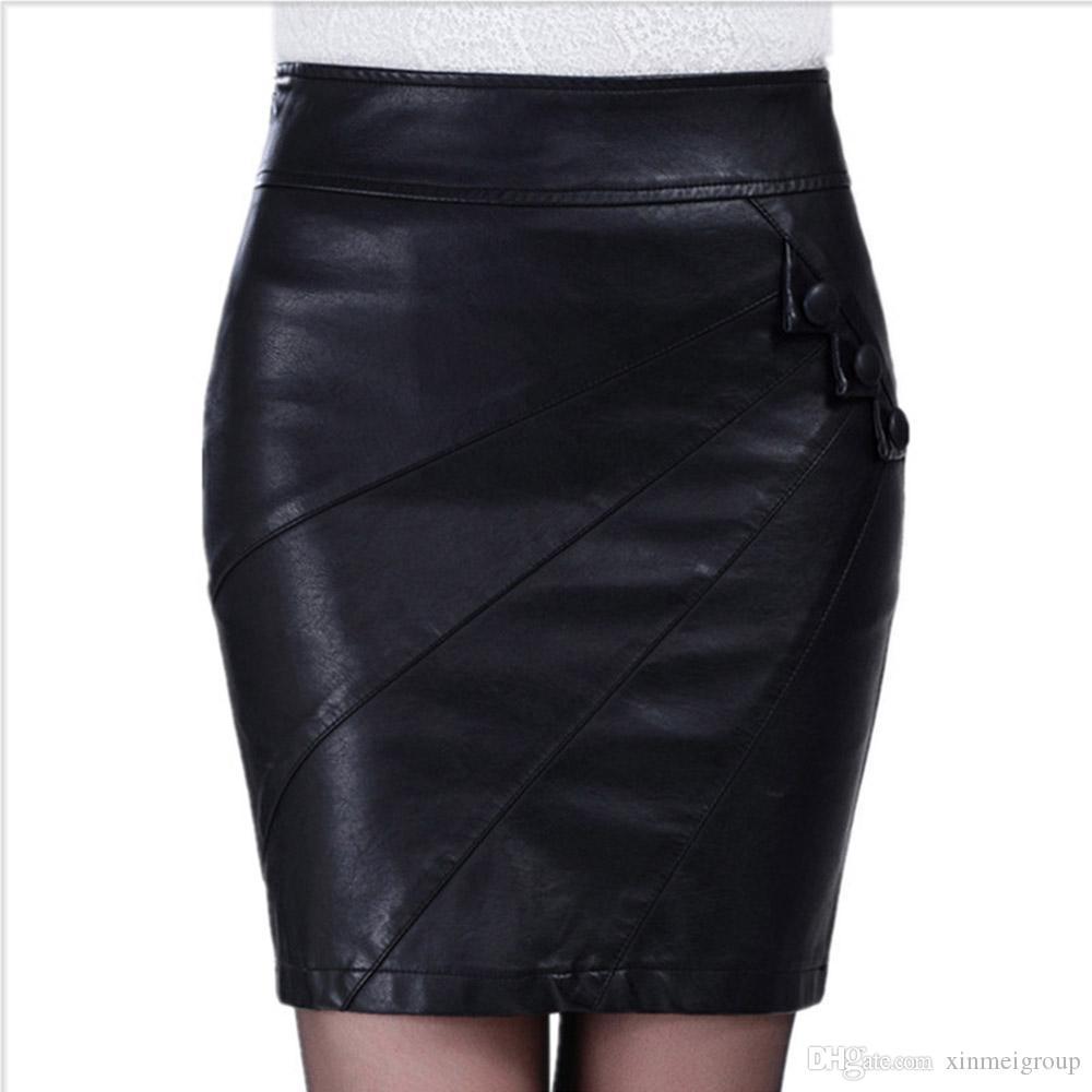3b57856d0 Alta calidad de cuero mini falda mujeres moda diseño botones oficina falda  recta partido Clubwear W880809