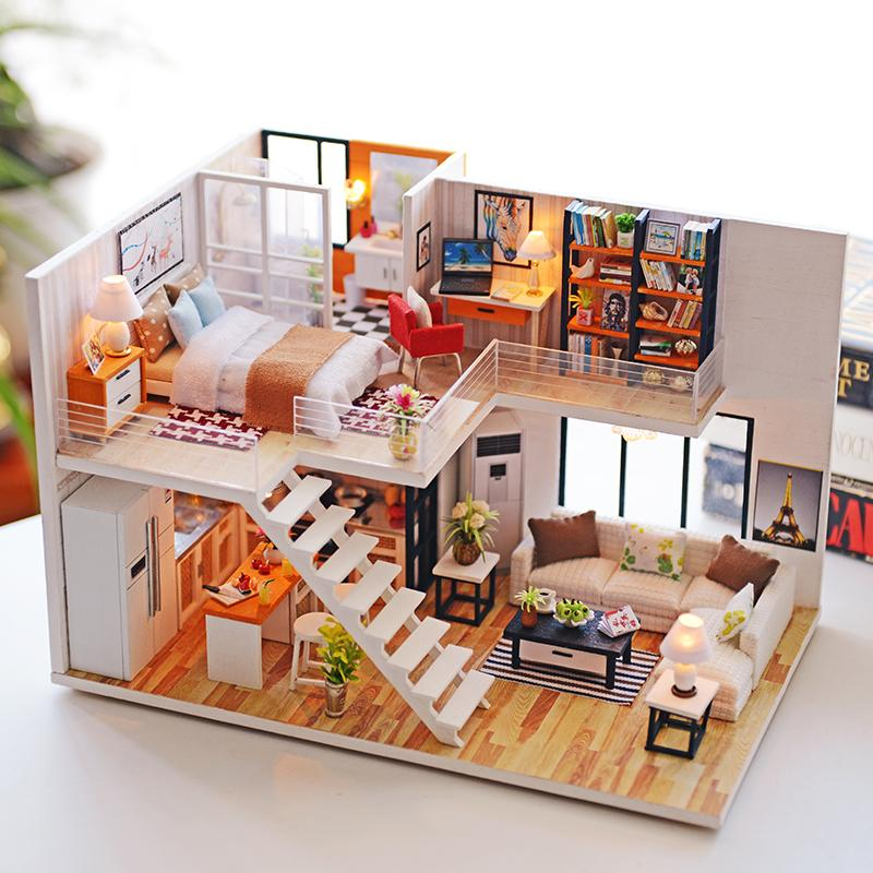 Good 2018 Home Decor DIY Wooden House Miniatura Craft With Furniture Home  Decoration Accessories Figurines Miniature Mini Garden Gift L From  Prettyxiu, ...