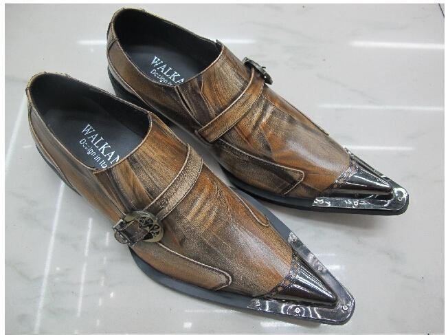 Acquista Luxury Black Men Oxford Shoes 2017 New Metal Scarpe A Punta In  Vera Pelle Scarpe Da Uomo Stile Britannico Vestito Guida Mccasins A  158.82  Dal ... ea9fe83841d