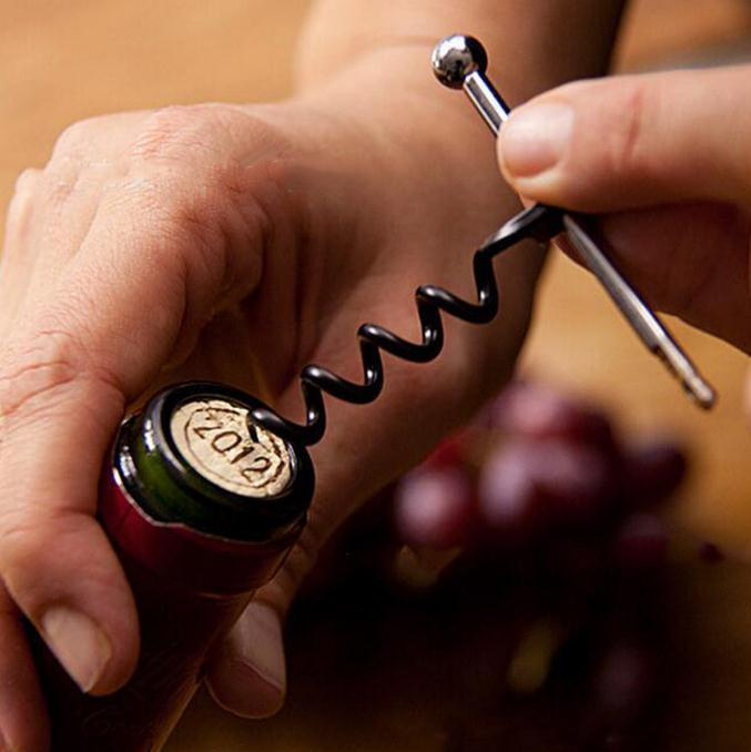 Fashion Multifunctional Mini Outdoor Stainless Steel Red Corkscrew Wine Bottle Opener with Ring Keychain Bottle Opener SN1124