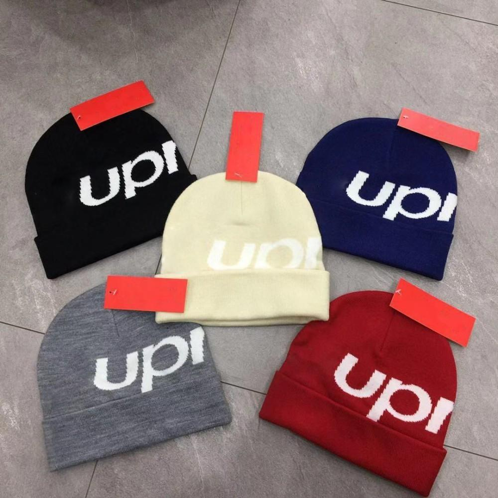 10a1bc5633c 2019 18FW New Era Box Beanie Embroidery Big Logo Cold Hat Knit Hat Wool To  Keep Warm Retro High Street Fashion Men And Women Couple Hat HFSSMZ004 From  ...