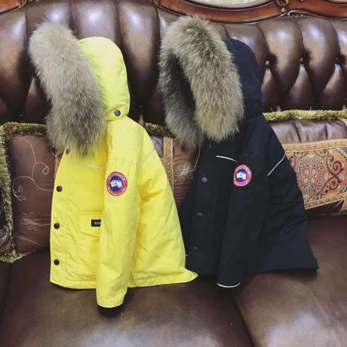 Compre Chicos Collar De Piel Natural Abrigos Amarillos Niños Invierno Ropa  De Abrigo Niña Gruesa Roja Abajo Parkas Diseño De Marca De Lujo Ropa Para  Niños A ... 0943ab15d8fc