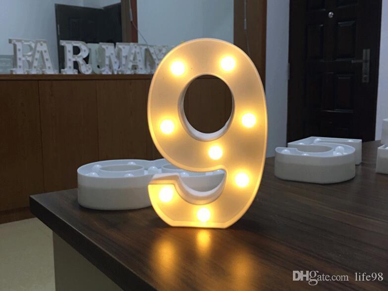 Número de Luzes LED Digital Light Up Branco Plástico Digital de Pé Pendurado 0-9 Stage Show Amor Decoração Do Jardim Romântico Criança