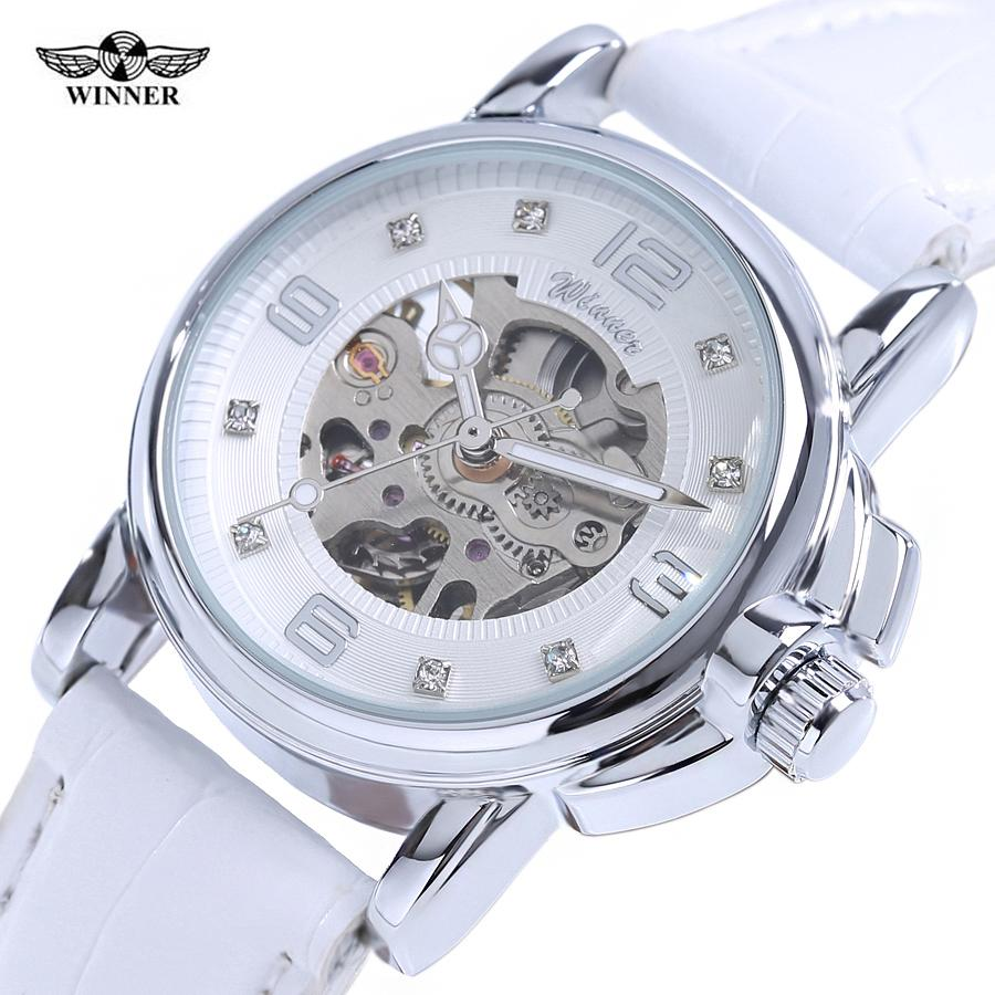 cf07a2fba7f Compre Vencedor 2017 Senhoras Diamante Display Mulheres Top Marca De Luxo  Branco Esqueleto Simples Transparente Caso Relógios Mecânicos Automáticos  De Tuosu ...