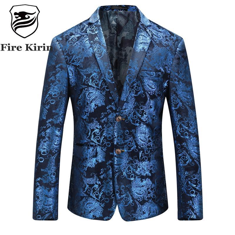 Compre Al Por Mayor Fuego Kirin Floral Blazer Hombres 2017 Otoño Para  Hombre Blazer De Terciopelo Rojo Azul Chaqueta De Oro Para Hombres 5XL Traje  De Fiesta ... 5ccbe91166f