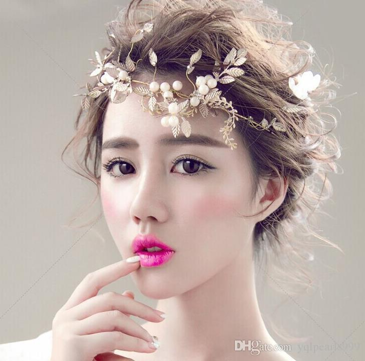 Bridal headwear, handmade gold leaf, soft chain, wedding accessories, wedding accessories.