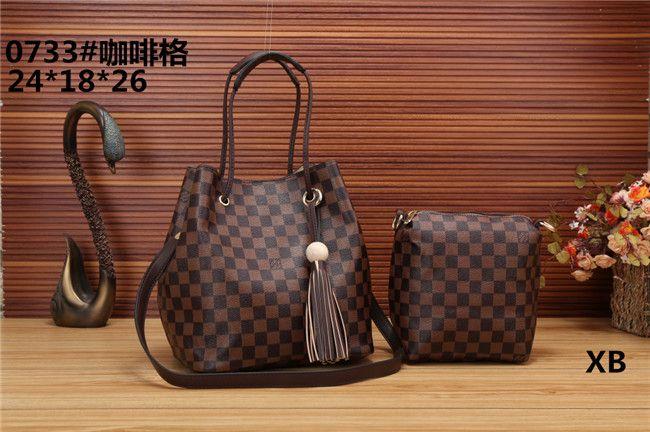 Women Bag Shoulder Crossbody Bucket Bags for Women 2018 Summer Tassel Women  Bags Leather Purses Luxury Handbags Famous Brand Online with  34.62 Piece  on ... 10f890d63fe78