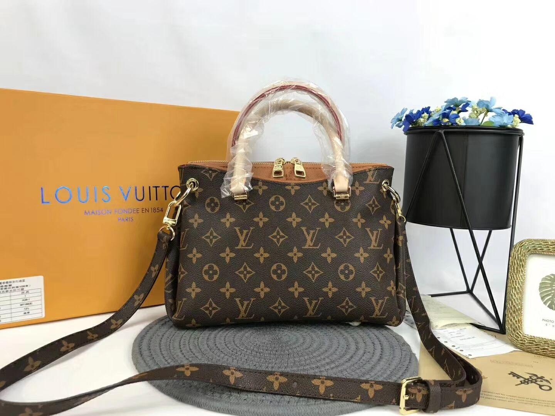 Women S Bag 2019 Version Of Small Square New Purse And HandBag Fashion  Embossed Shoulder Bag Chain Messenger Bag Purses Designer Handbags From  Hongji222 951bd6f0b4828