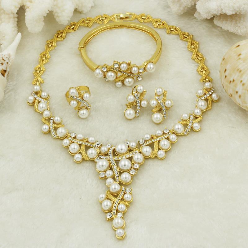 de564e7f6c1a Compre Liffly Dubai Nueva Moda Mujeres Elegantes Conjuntos De Joyas 18 K  Placa De Oro De Lujo Cristal Blanco Collar De Perlas Pulsera Fiesta De  Bodas ...