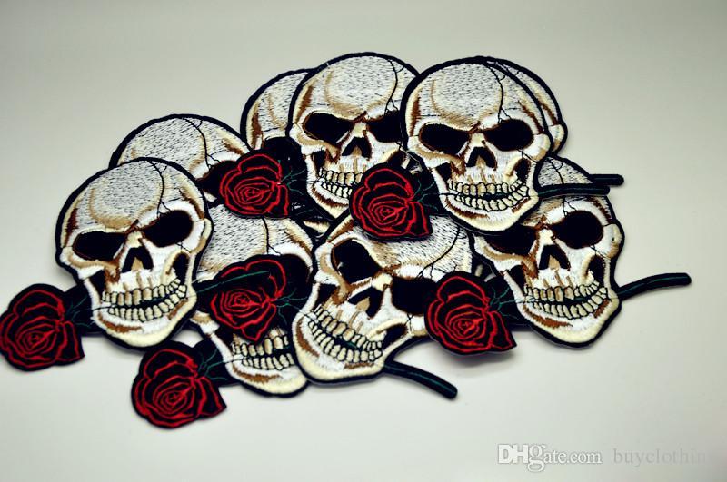 장미 두개골 의류 의류에 대 한 패치에 수 놓은 아이언 DIY 의류 액세서리 의류 봉 제 스티커 10.6 * 9.2CM