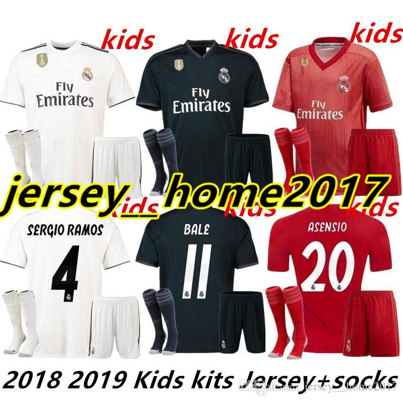 39c81455d5a 2019 2018 Kids Kit Real Madrid Football Jersey 2018/19 Home White Away  Black Third Red Boy Soccer Jerseys Bale ASENSIO ISCO Child Soccer Shirts  From ...