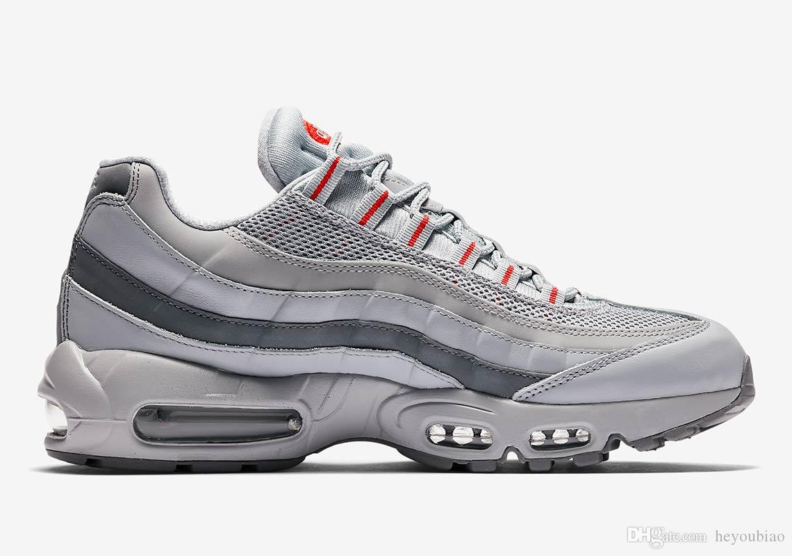 meilleur service b4dc7 f7d90 nike air max 95 Juventus OG Essential Hommes Chaussures De Course  Chaussures Silver Bullet NEON Armory Marine Anthracite COOL Gris Rouge  Solaire ...