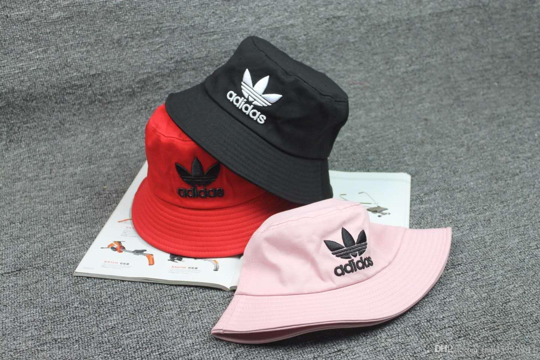eff85f4b91159 2017 Brand Snapback Caps Strapback Baseball Cap Bboy Hip Hop Hats For Men  Women Fitted Hat Black Pink White Baseball Hat Hat Store From  Tian459538611