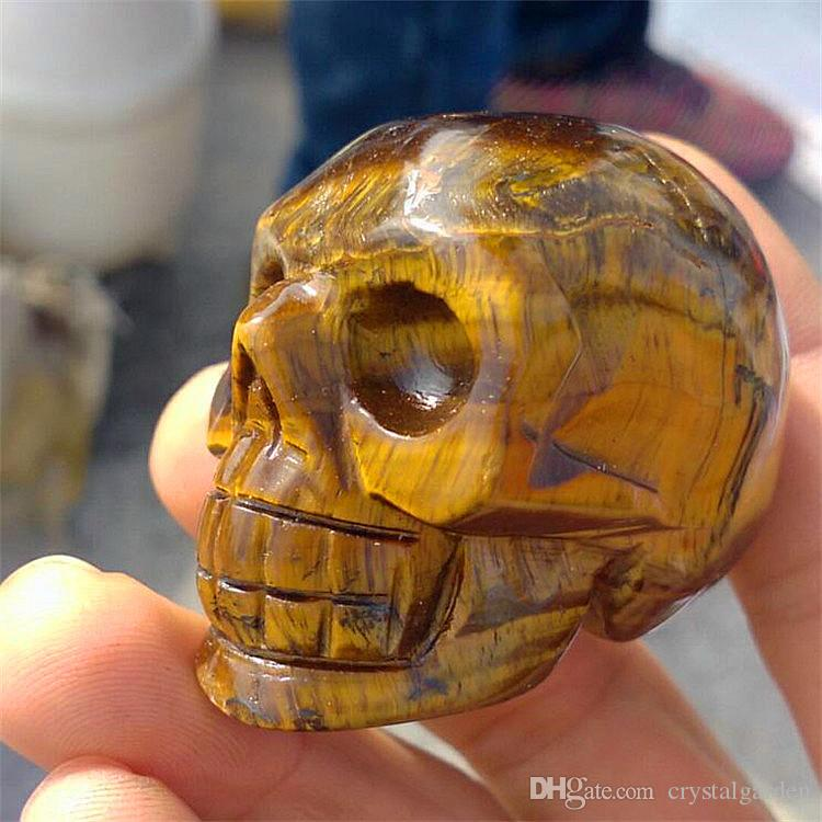 5a2b003d4460 Compre Calavera De Piedra Semipreciosa De Piedra De Ojo De Tigre 100%  Natural Cráneo Semiprecioso Cabeza De La Cabeza De Una Artesanía Escultura  De ...