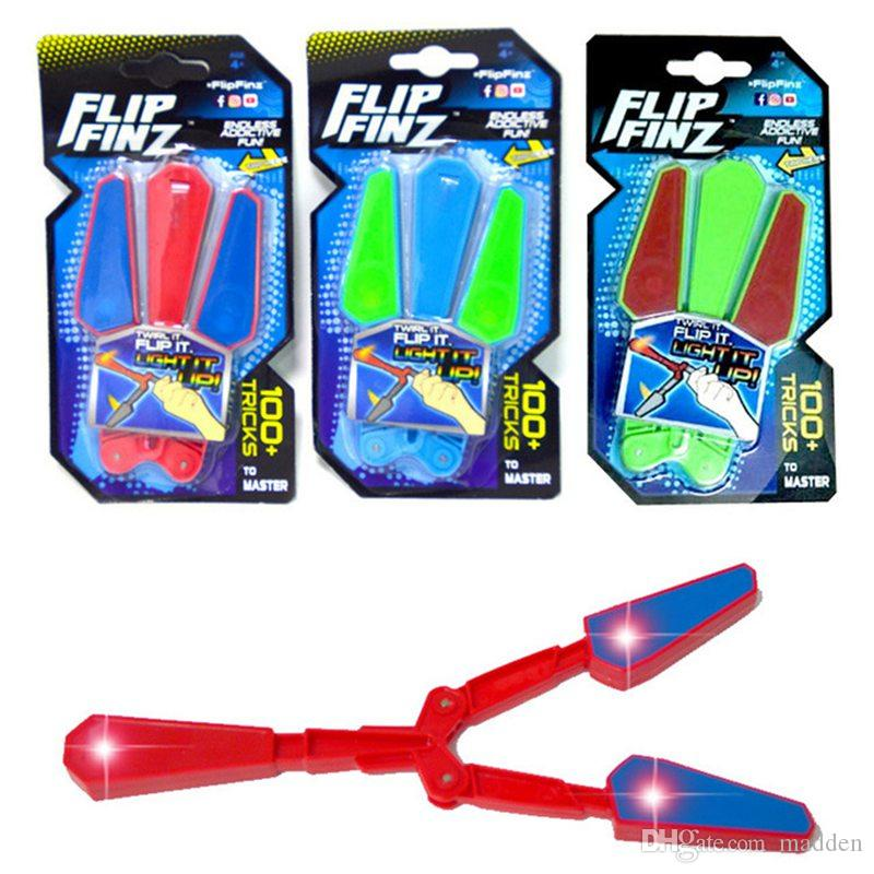 120pcs LED Flip Finz Spinner Butterfly Knifes Fidget Finger Hand Toys Spin Focus Spin EDC LED Light Kid Toy Decompression Toy