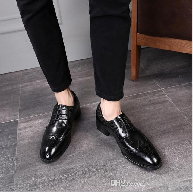 Fashion Brogue formal Shoes Men Round Toe Lace Up Leather Shoes Dress Man British Carved Leiure Shoes Size 38-47