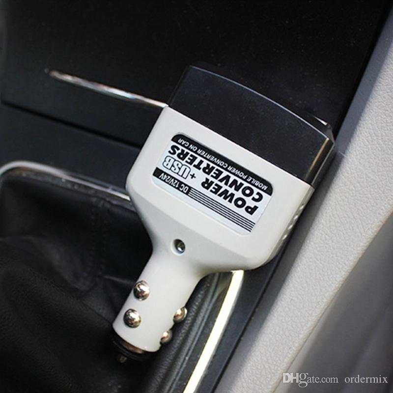 سيارة العاكس التيار الكهربائي 10W DC 12V / 24V إلى محول التيار المتردد 220V محول الكمبيوتر المحمول الدفتري شاحن الهاتف USB العالمي