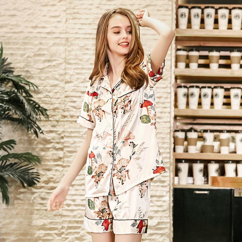2019 PS0253 New Summer Pajamas Women Sexy Satin Silk Pajama Set Flower Print  Two Pieces Pyjamas Female Short Sleeves Shorts Sleepwear From Georgen ba73fceda