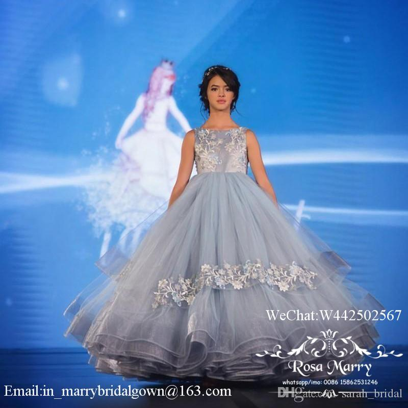 Lovely Cinderella Ball Gown Girls Pageant Dresses 2020 Light Blue Lace Applique Puffy Tulle Toddlers Teens Girls Pageant Gown Size 8 10 12