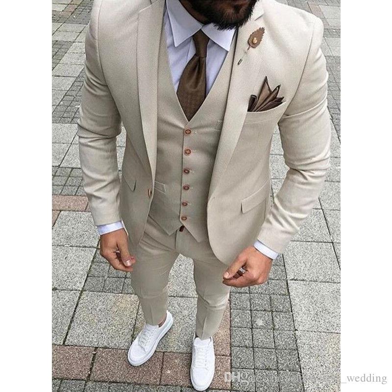 Costume Hommes avec un bouton Blazer classique pour hommes Costumes de mariage Prom Tuxedo Slim Fit 3 Pièces Groom Costume