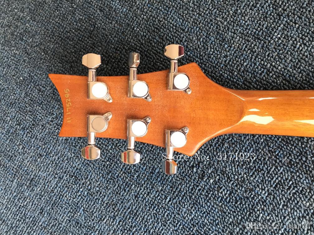 Chitarra elettrica con corpo blu, impiallacciatura di acero fiamma, hardware argento, personalizzabile